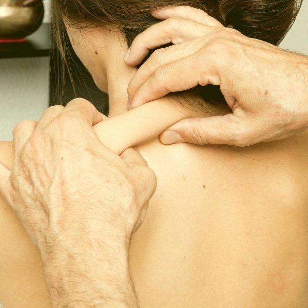 reflexná masáž šíje